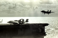 F-14 Tomcat lands on USS America